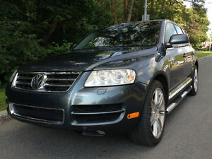VOLKSWAGEN TOUAREG, FULLY LOADED, LUXUARY EDITION, DRIVES LIKE N