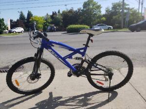Vélo de montagne CCM Alpine à l'état neuf !!!