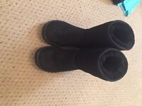 Real ugg boots short size 3