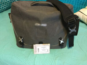 Ortlieb Courier bag City line. Large