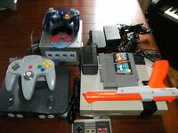 3 CONSOLES NINTENDO,NES-64-GAMECUBE A VENDRE ST-EUSTACHE