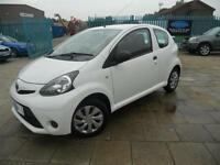 2012 (62) TOYOTA AYGO 1.0 ( 99 GKM ) LOW MILEAGE,12 MONTHS MOT,1 FORMER KEEPER