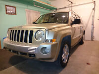 2010 Jeep Patriot, Navi, Leather, low kms