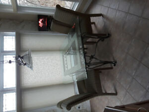 Dining Room Glass Table and 6 Chairs