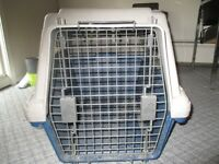 medium to large pet kennel for sale