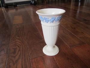 wedgwood vase