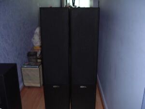 Sound Dynamics R-616 audiophile quality tower speakers