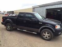 Ford F-150 FX4 4x4 STEP SIDE