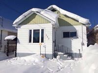 Save on commission! Great starter home with garage!