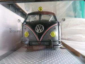 Volkswagen diecast 1:24 scale m2 machines