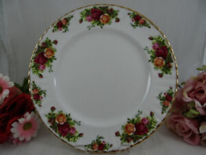 Royal Albert Old Country Roses Dinner Plates