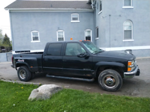 '99 Chevy 3500 duelly 6.7L duelly 4x4