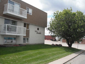 1 and 2 Bedroom Apt. FOR RENT in Hinton, AB