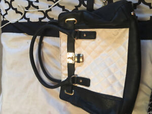 Charming Charlie White Quilted Purse