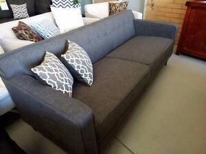 ***REDUCED***REDUCED***REDUCED***BRAND NEW RETRO LOOK SOFA*** Bayswater Bayswater Area Preview