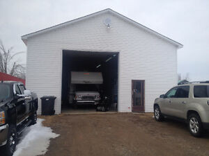 16x72 Mini Home,  32x44 GARAGE WAS USED AS RV REPAIR SHOP