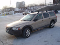 2002 Volvo XC (Cross Country) Wagon for parts