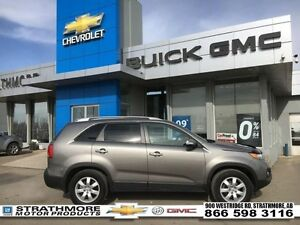 2012 Kia Sorento AWD-V6-Tech pkg-Heated seats-Back Sensors-Remot