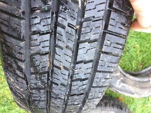 4 pneus----- 4saisons marshall 791 touring AS 205/65/R15