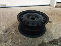 4 rims ford 15x6 comme neuf