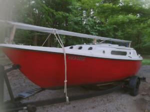 Vintage 22 ft sailboat trades welcome