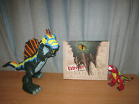 Toys Dinosaur Family & Extreme Dinosaurs Hard Cover Book