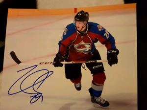 Nathan MacKinnon Autographed 8x10 Photo For Sale