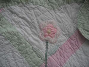 2 Pillows and 1 Double Reversible Quilt London Ontario image 2