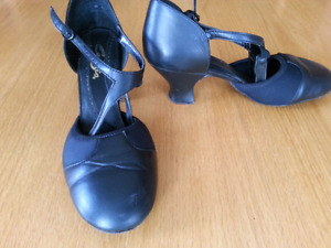 Capezio Broadway Flex Dance Shoes 7.5 M