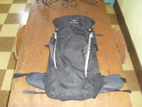 Arc'teryx Axios 50 L Liter tall 55 backpack sac a dos de voyage