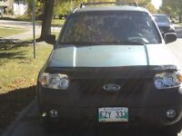 2005 Ford Escape XLT SUV  PRIVATE SALE - FRESH SAFETY - NO GST