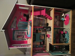 Barbie doll house and extras