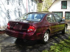 JUNKING 2000 NISSAN MAXIMA GLE FOR PARTS
