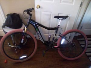 Barely usee bicycle (Shimano)