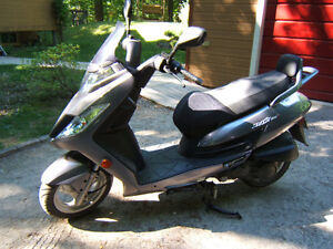Kymco Scooter Frost 200