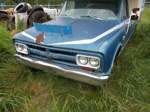 1967 GMC Sierra 2500 Pickup Truck