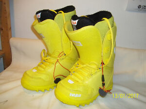 """Women's Snowboard Boots Size 6, 6½, 7, 8 & 9½ """"NEW"""" (Six Pairs)"""