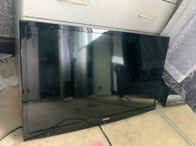 BUSH HD 32in LED dvd combi tv