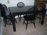 Black Harvest Dining Table with 4 chairs