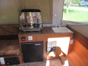 2011 Starcraft Pop Up RV (purchased new in 2012) London Ontario image 3