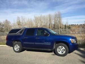 2012 Chevy Avalanche LT 44000 kms!! $37000 OBO