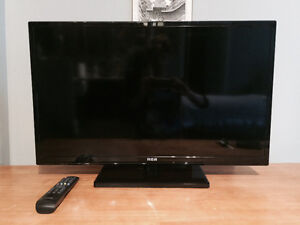 """Great Condition 32"""" HD TV"""