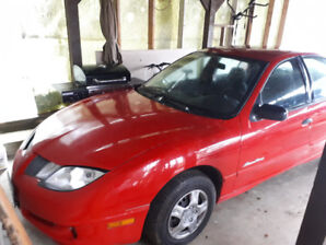 2003 Pontiac Sunfire in great condition; low KM