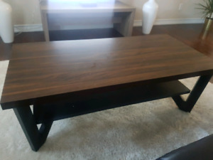 3 piece coffee table set for sale!!