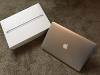 "Apple Macbook Pro Retina 15"". 2.6Ghz i7 Processor. Great Condition. Boxed. Late 2013. £800"