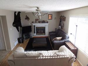 Perfect Family Home! Edmonton Edmonton Area image 3
