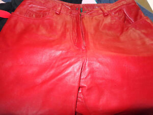 Red Leather ladies pants size 4-   recycledgear.ca Kawartha Lakes Peterborough Area image 3