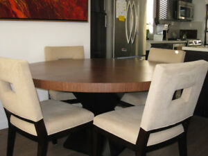 "BERMANFALK 60"" ROUND DINING ROOM TABLE & 6 CHAIRS"