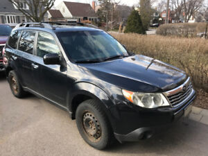 2010 Subaru Forester 2.5 X premium - Manual