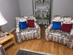 Sofa set with 4 chairs with 3 tables